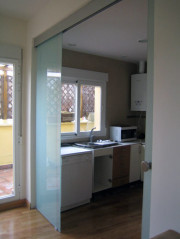 puertas correderas de cristal para baos las puertas correderas de cristal para baos son igual de decorativas que las puertas correderas de cristal de